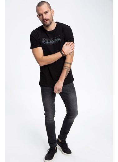 DeFacto Kabartma Baskılı Sweatshirt Siyah